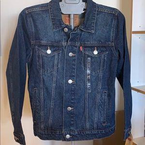 New Levi's Denim Trucker Jacket
